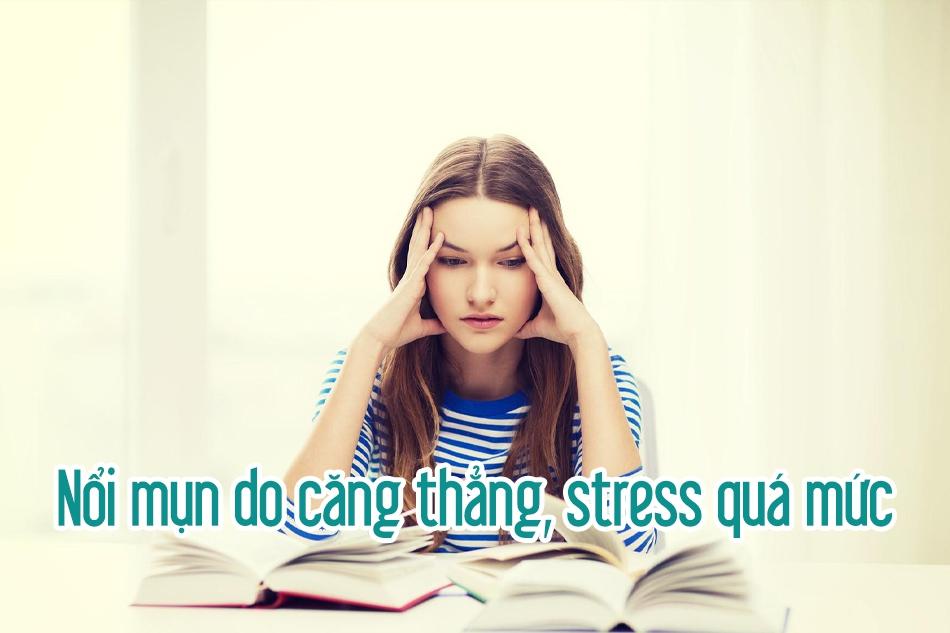 Nổi mụn do căng thẳng stress quá mức